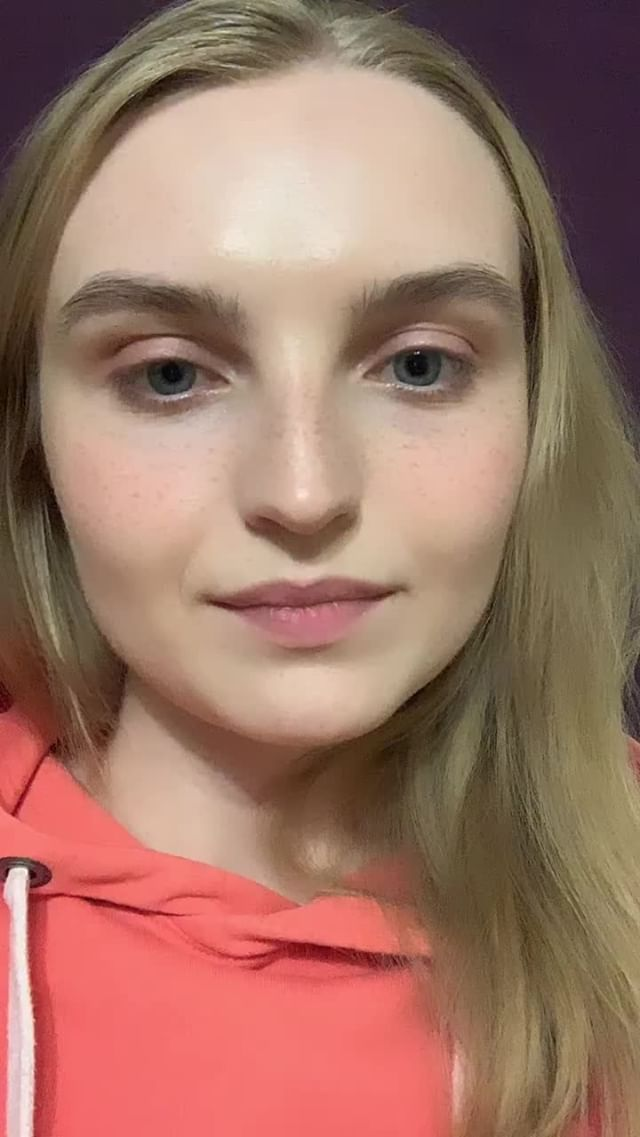 yuliiask Instagram filter freckles makeup