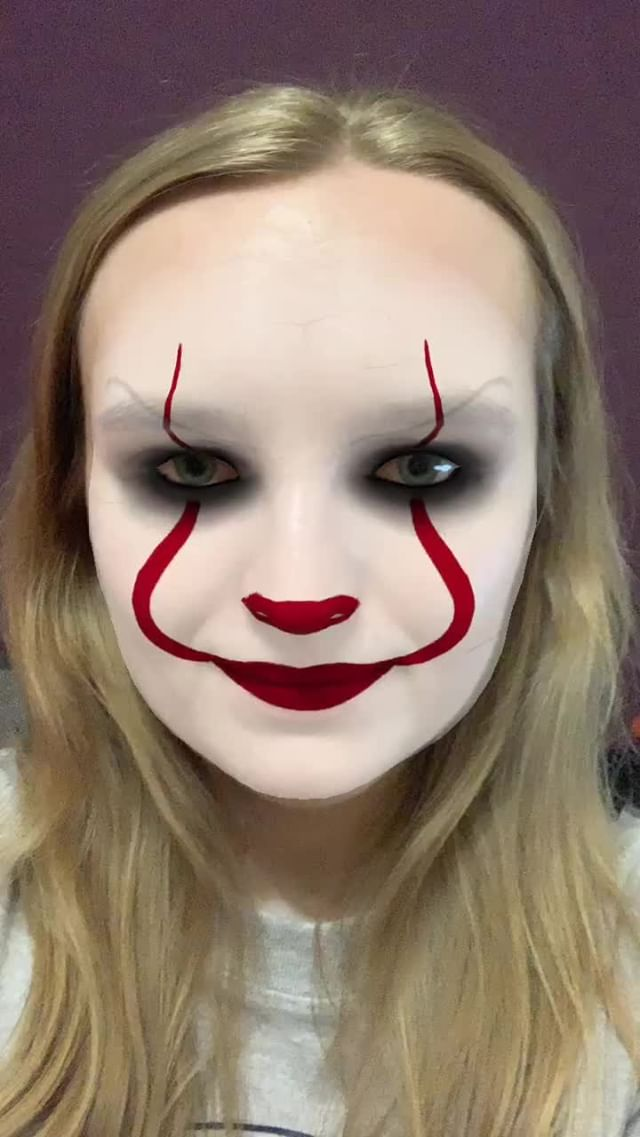 yuliiask Instagram filter pennywise