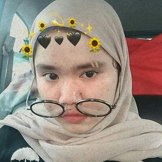 tiiarachr Instagram filters profile picture