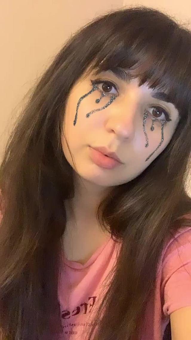 shustrovanna Instagram filter cry glitter eye's