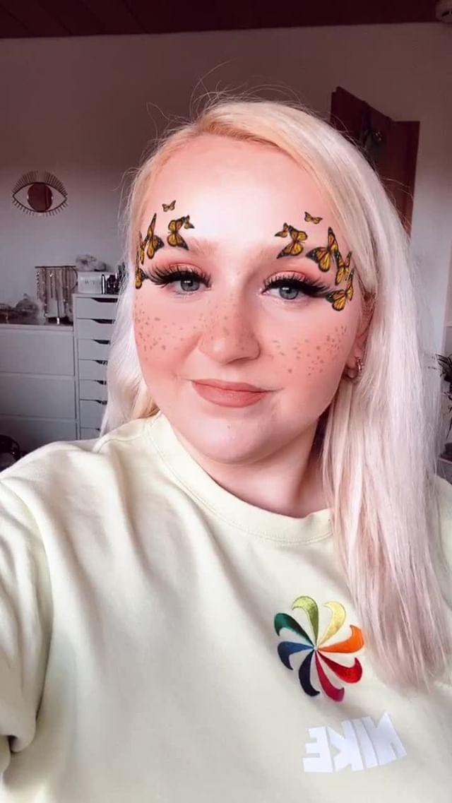 Instagram filter ℬutterfly ✧ Freckles