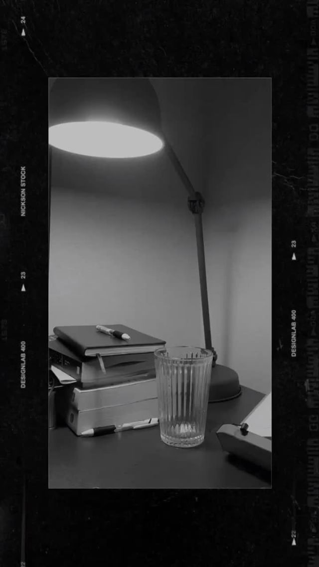 jhn.yyy Instagram filter 4 Film frames