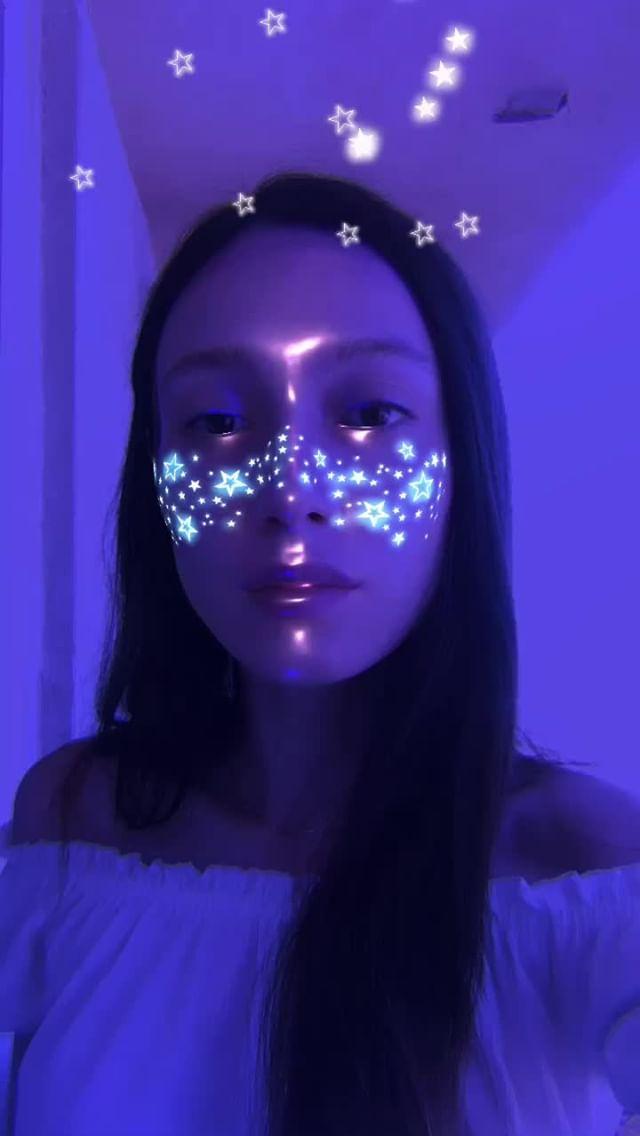liberman_dasha Instagram filter Star freckles