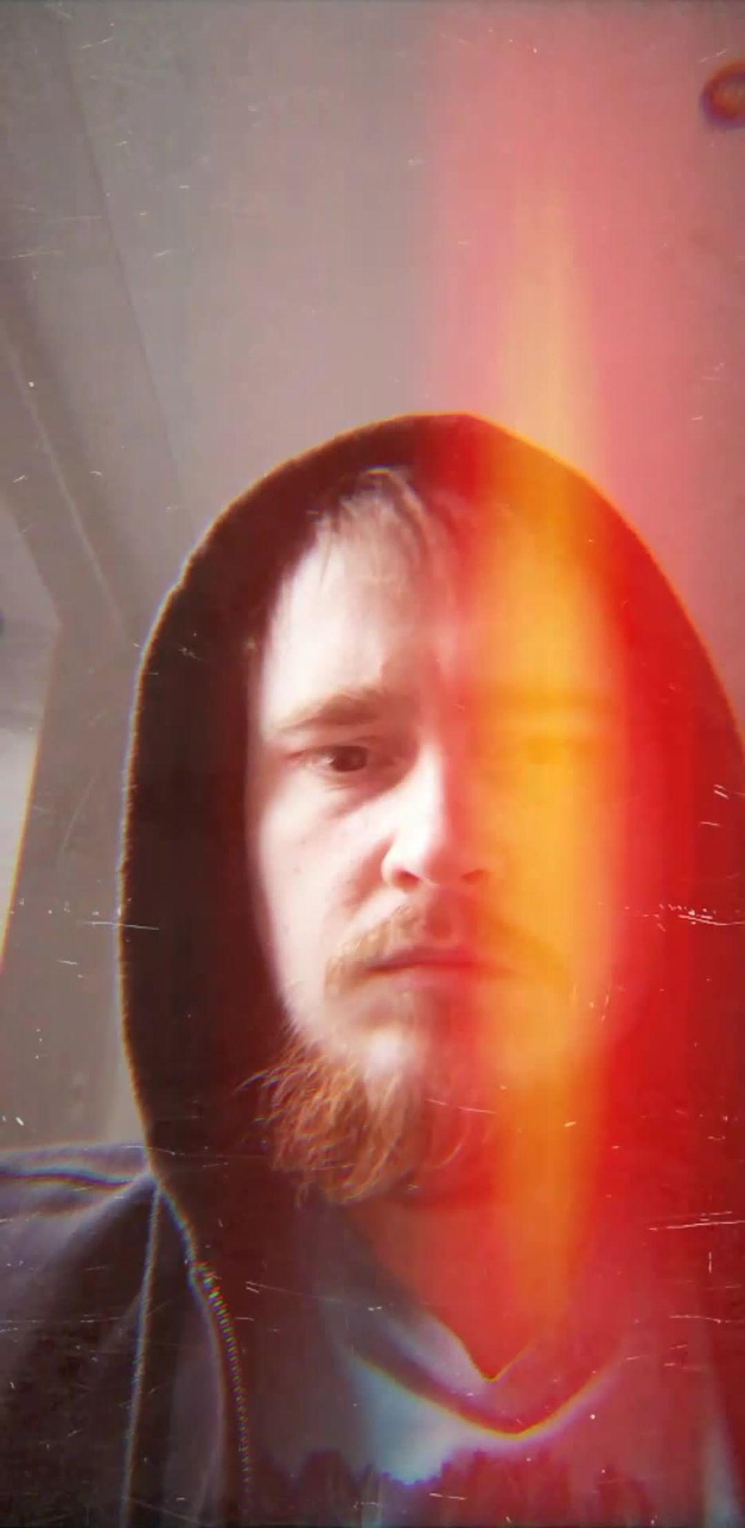Instagram filter Reactive Light Leak