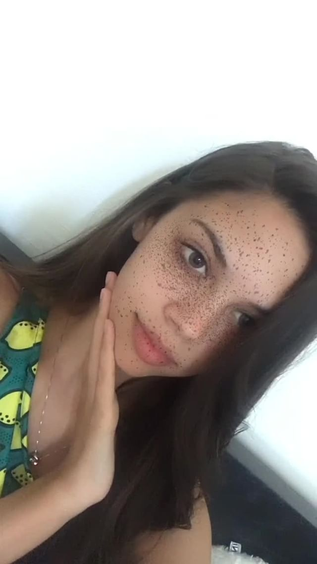 Instagram filter Freckles