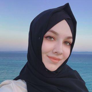 karaminaz Instagram filters profile picture