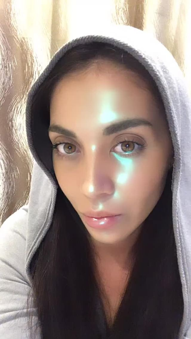 Instagram filter Neon Face