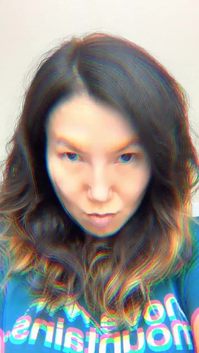 Instagram filter Glitchy Me (U)