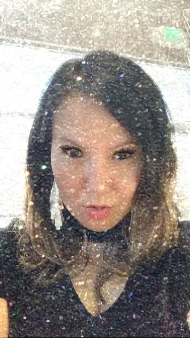 Instagram filter Glitter Glamourous