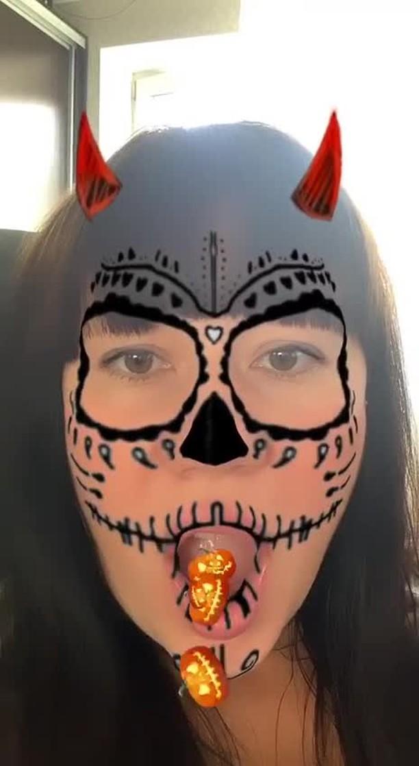 Instagram filter Devils Helloween