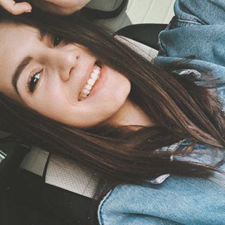 makarova_darya_ Instagram filters profile picture
