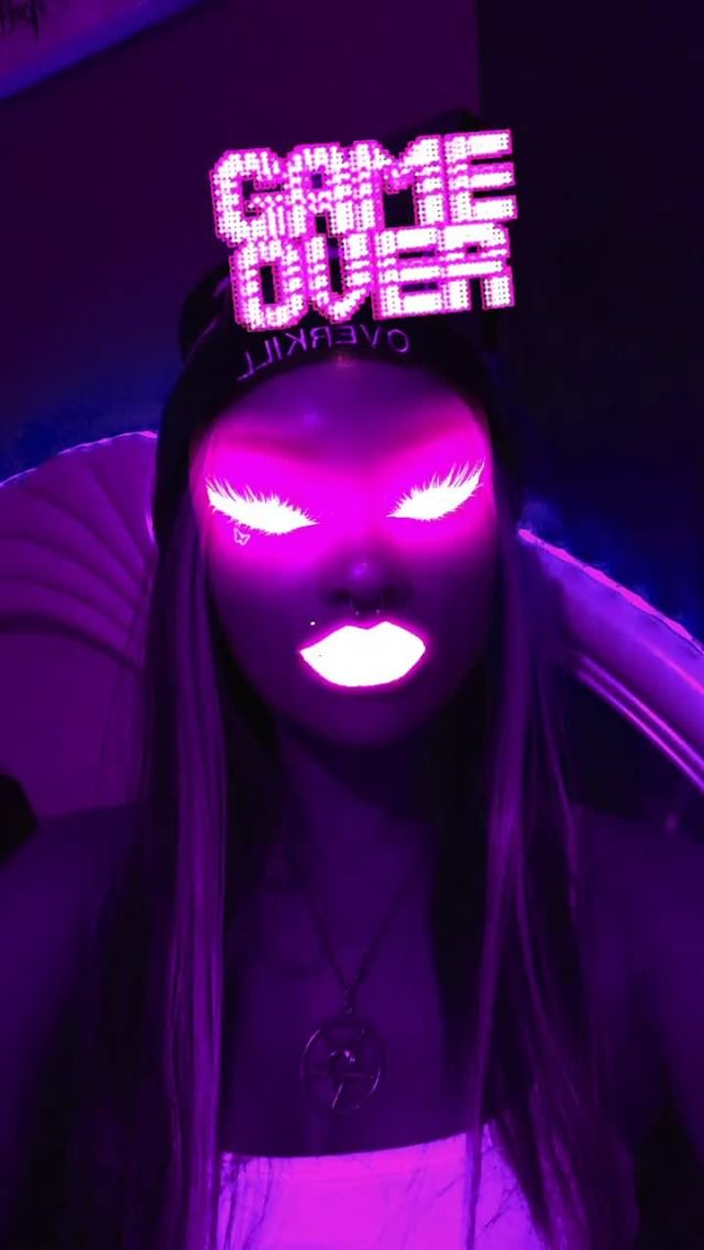 Instagram filter GLOGURL