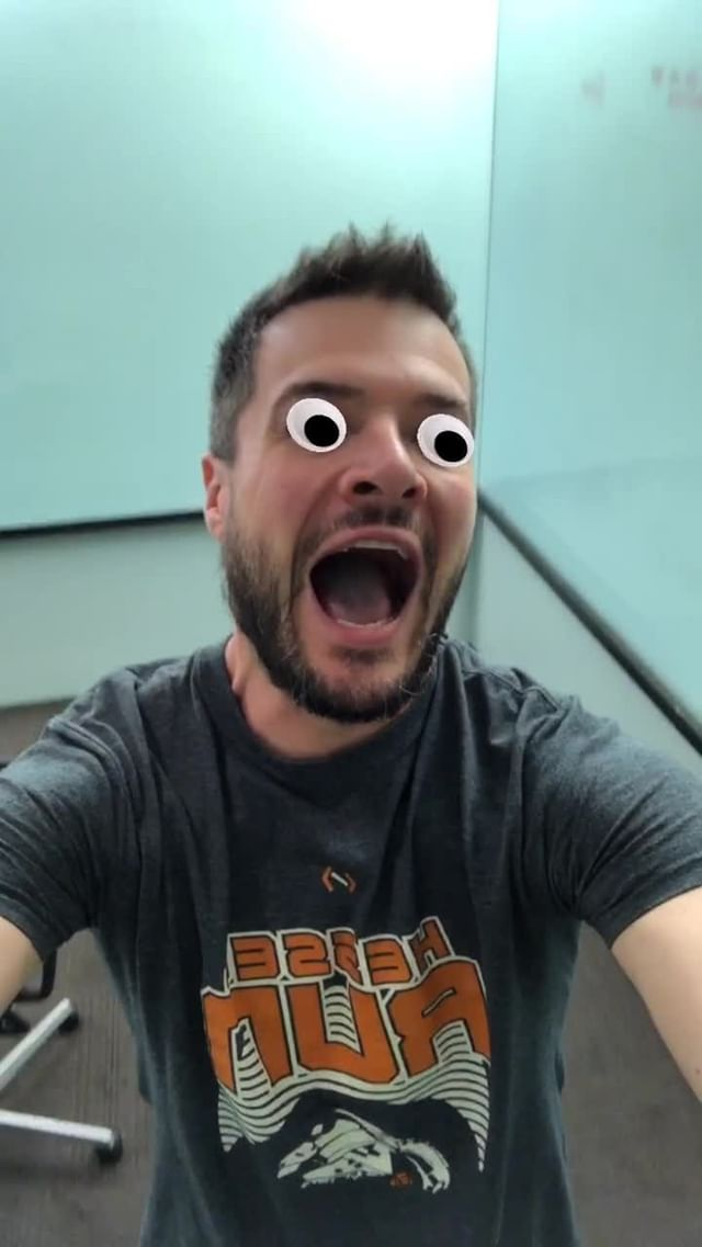Instagram filter Googly Eyes!