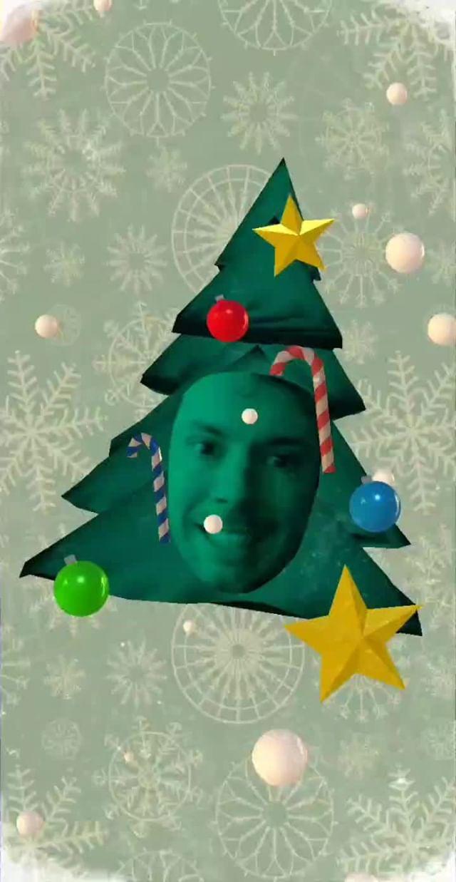 gggautier Instagram filter Happy Christmas Tree