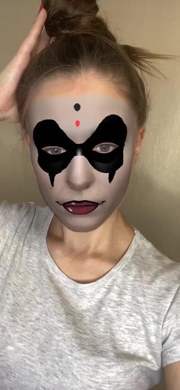 Instagram filter Harley Quinn