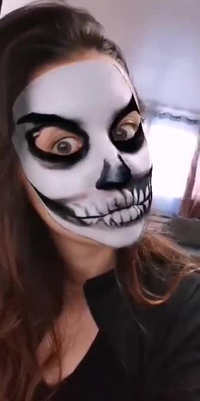 Instagram filter Halloween Skeleton