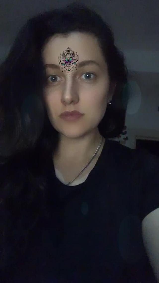 evgeniya_sukhotina Instagram filter mehendi