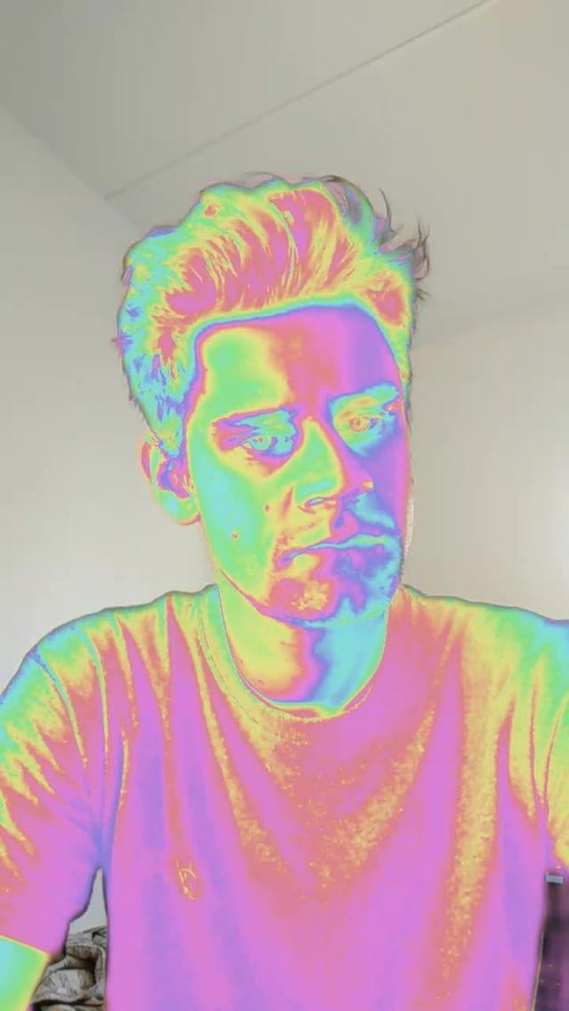 Instagram filter Reflective