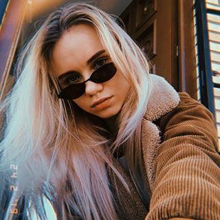 polubinskaya Instagram filters profile picture