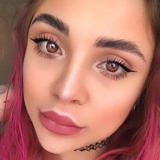 elyakinder Instagram filters profile picture