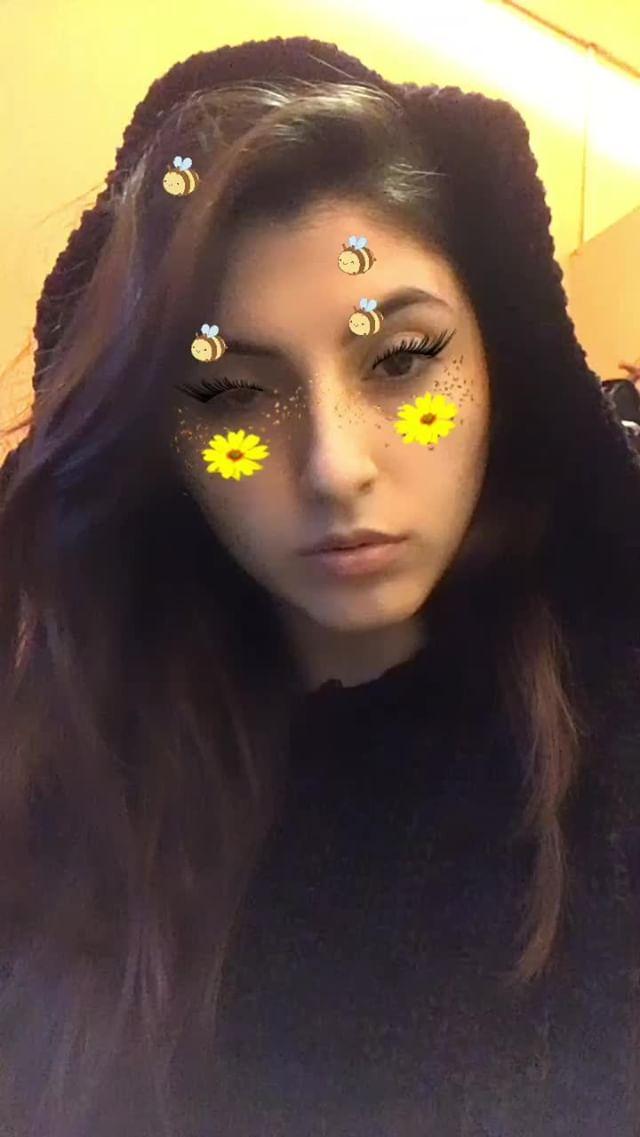 Instagram filter Abejita