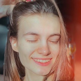elya.boz Instagram filters profile picture