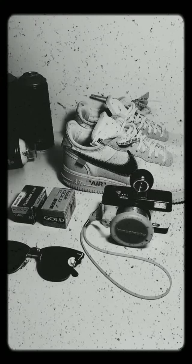 Instagram filter Retro B&W