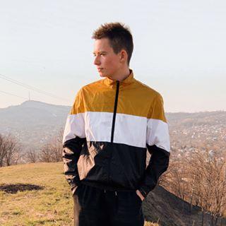 vobrevko Instagram filters profile picture