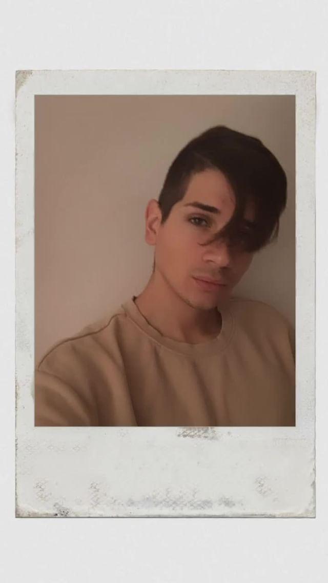 Instagram filter 1989 polaroid