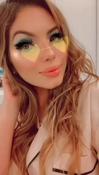 Instagram filter 𝓮𝔂𝓮 𝓬𝓸𝓵𝓸𝓻