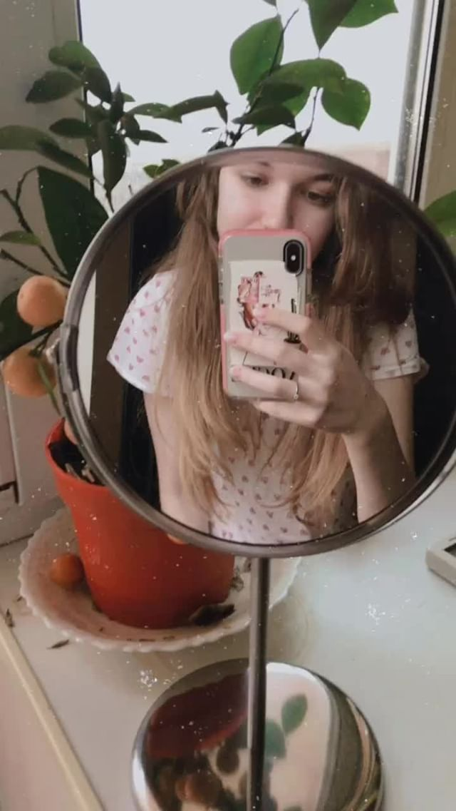 Instagram filter v i n t a g e camera