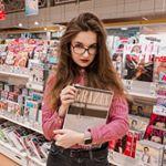 v.boykova Instagram filters profile picture
