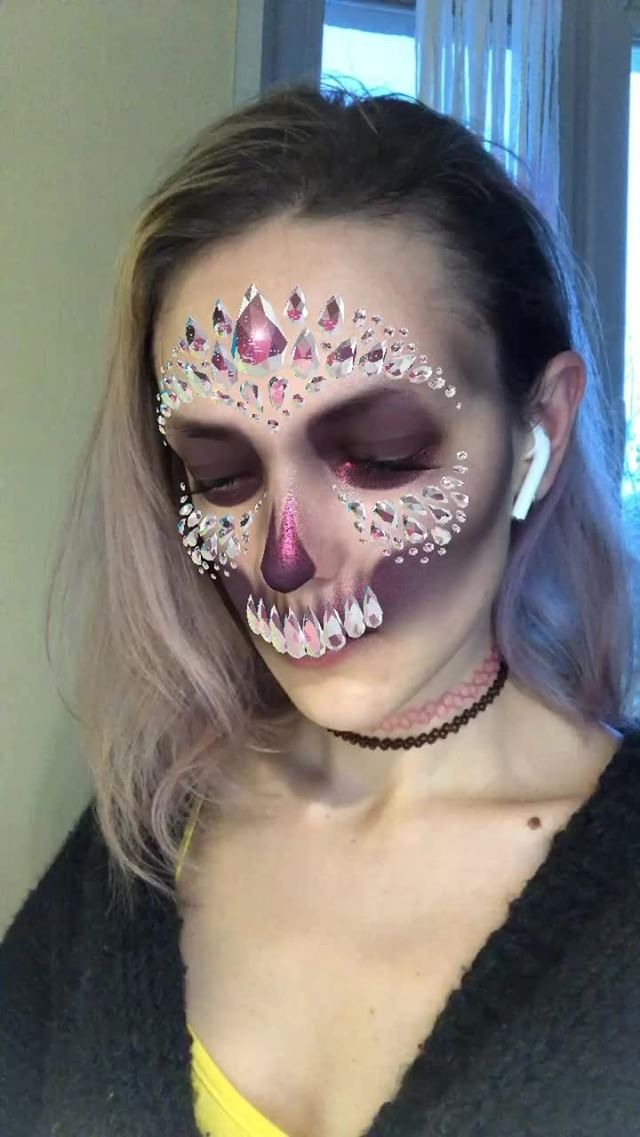 Instagram filter ⋆DIAMOND⋆SKULL⋆