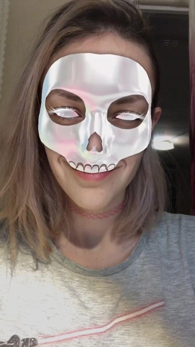 Instagram filter Halloween_skull