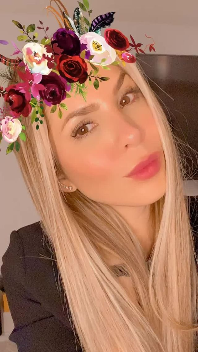 mayttearaneda Instagram filter Flower • C R O W N