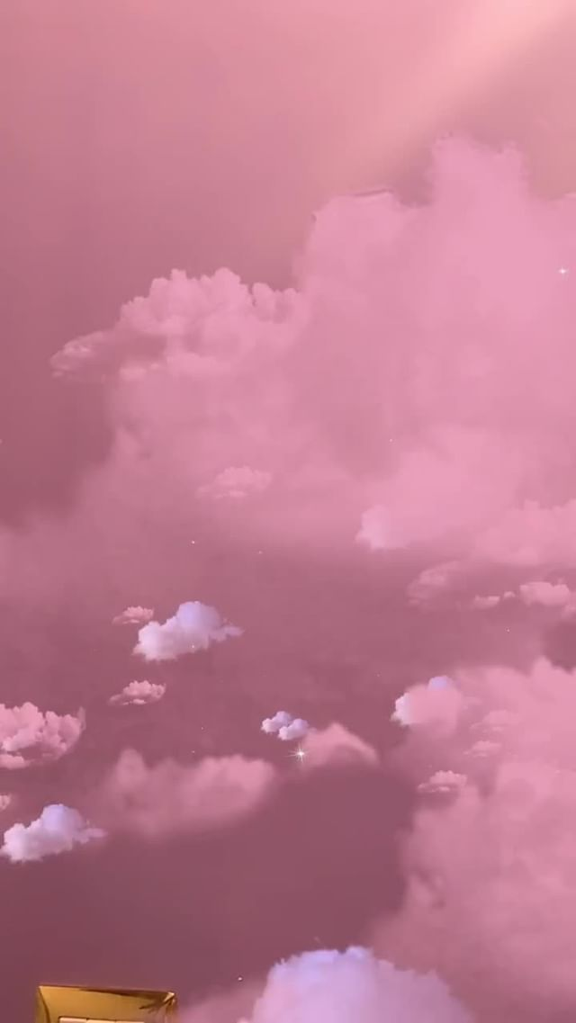 Instagram filter Pink clouds