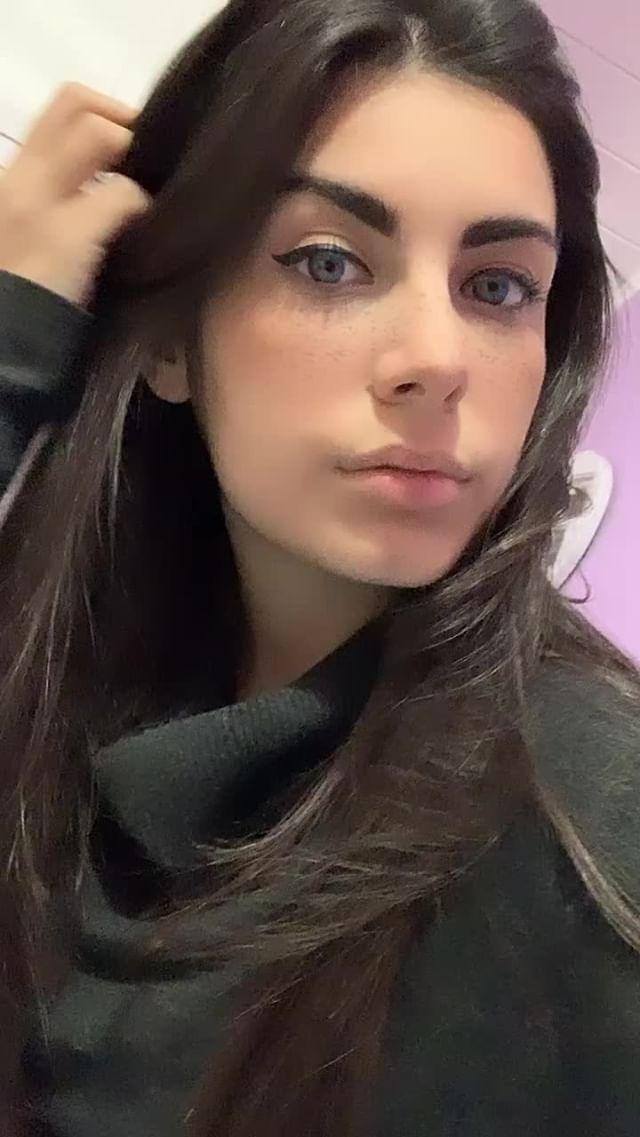 Instagram filter Iris