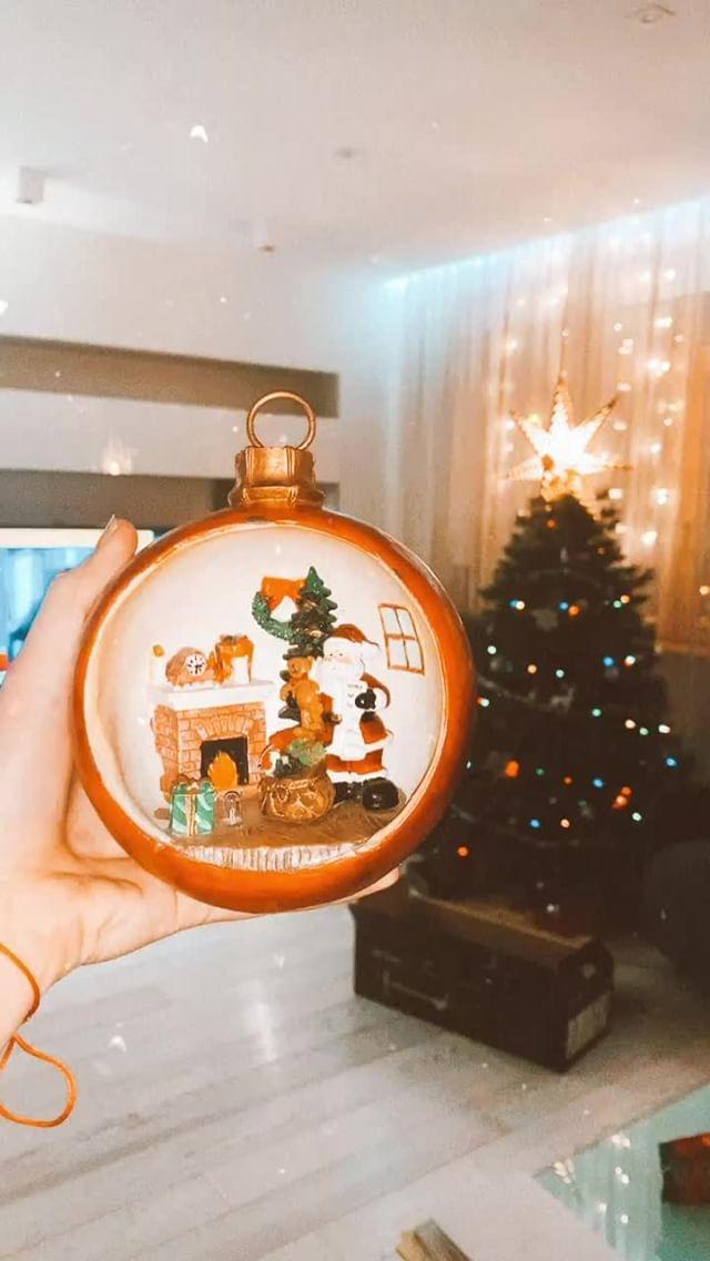 Instagram filter Christmas eve