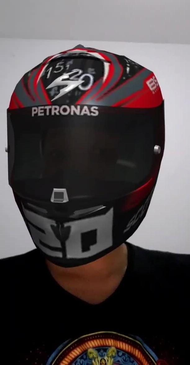 Instagram filter QR20 Helmet