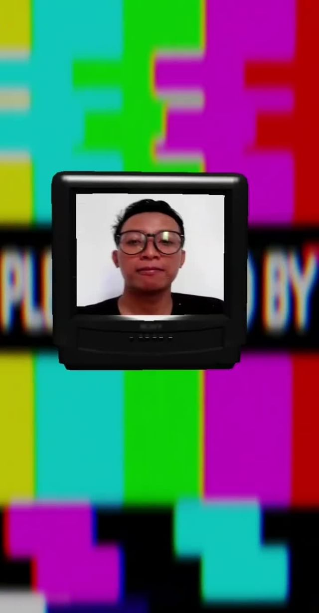 Instagram filter TV HEAD