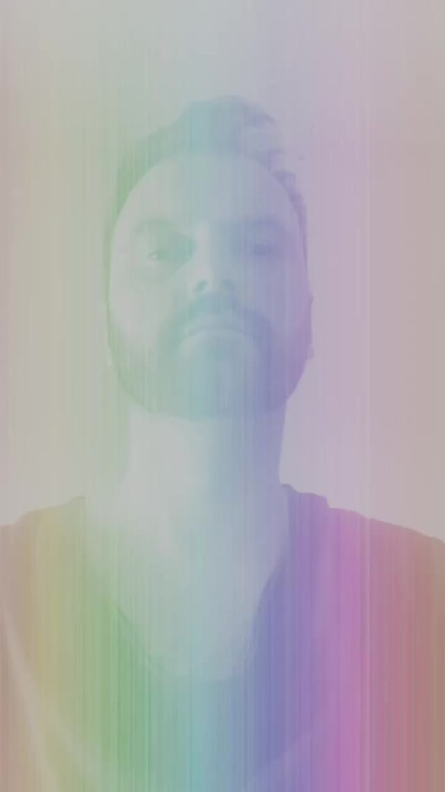 Instagram filter Rainbow Glitch