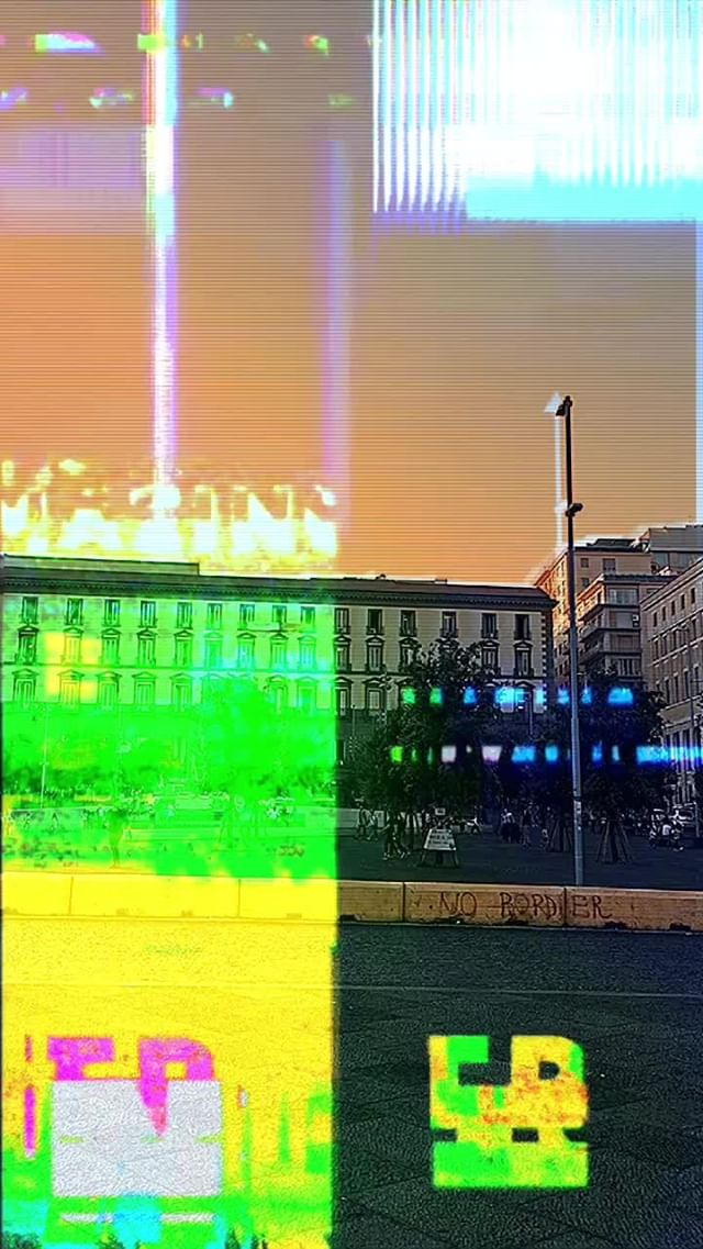 Instagram filter GLITCHY