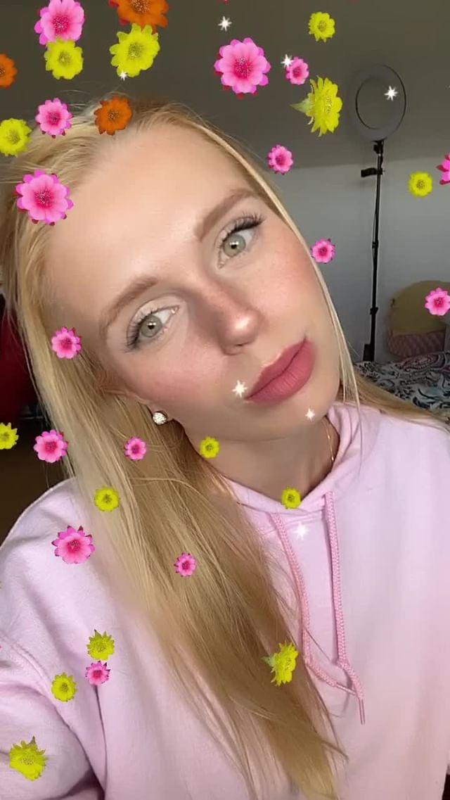 Instagram filter FLOWER PWR