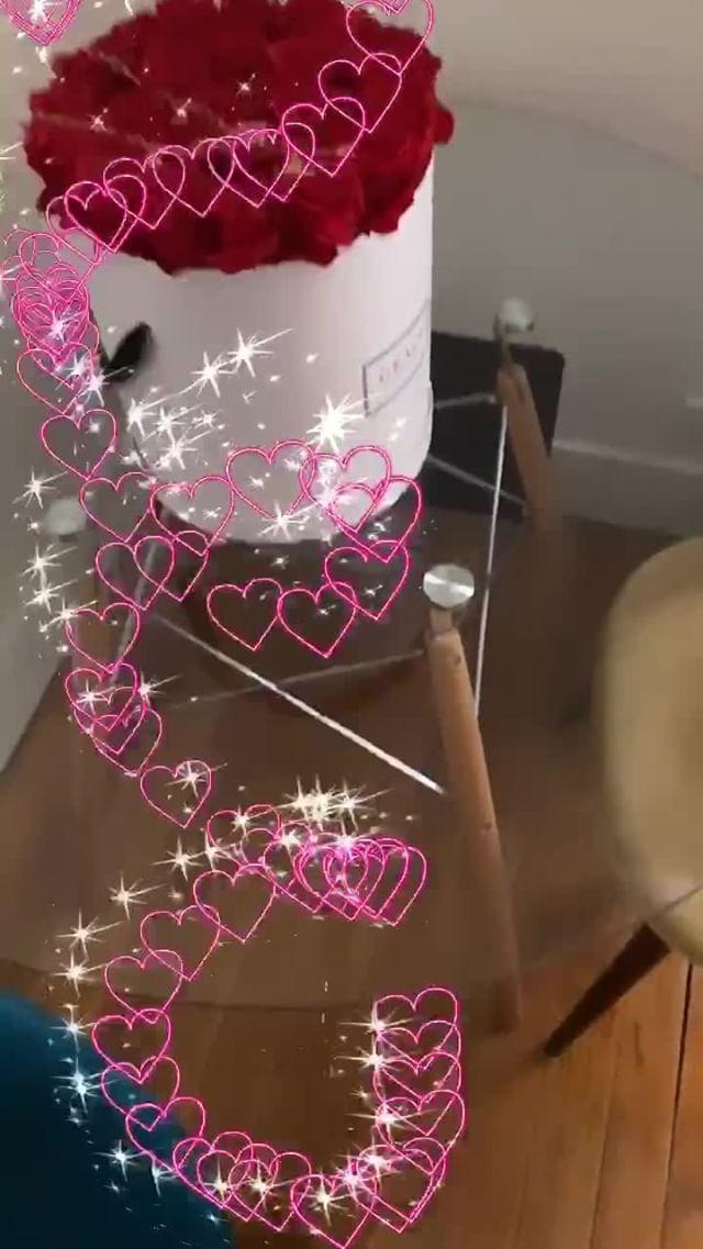 Instagram filter Draw a heart