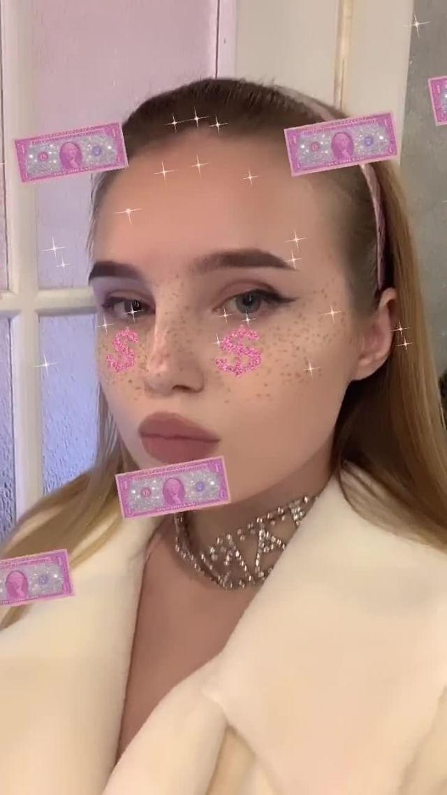 Instagram filter dollar