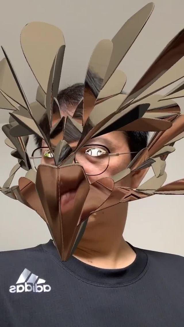 Instagram filter Gold Mask 3