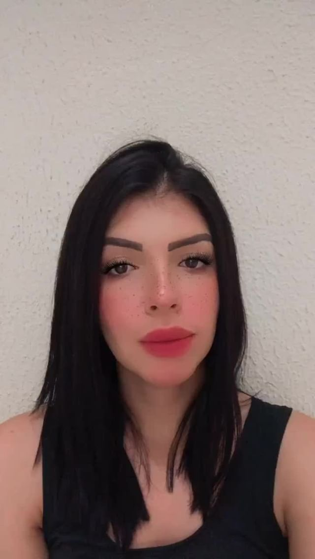 dricaterto Instagram filter Freckles