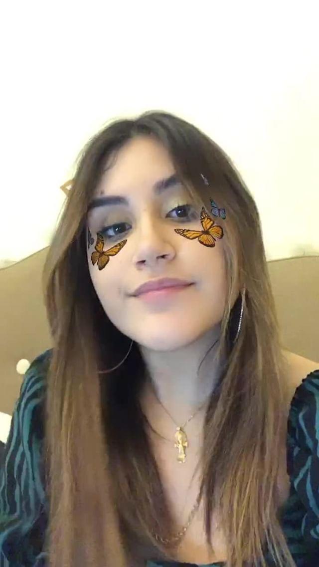 evalbaix Instagram filter butterflies