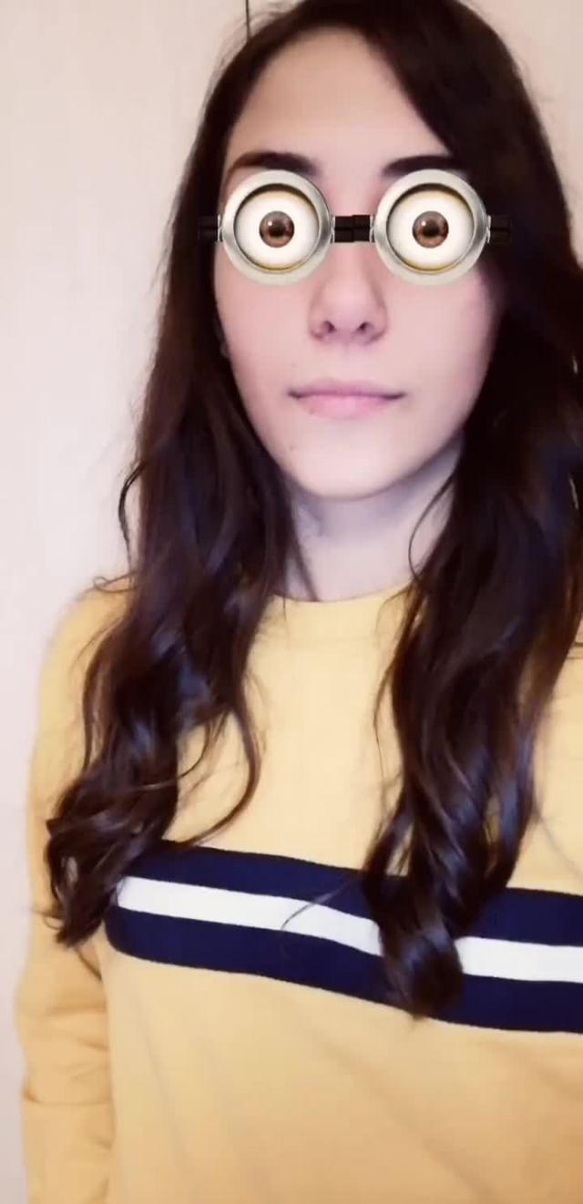 Instagram filter Minion eyes