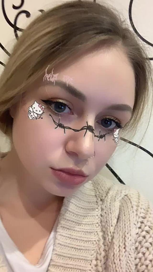 Instagram filter халоу китти